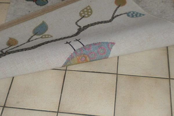 Jeder Teppich verändert die Heizleistung des Fußbodenheizung